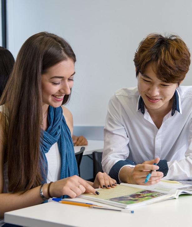 Študenti jazykovej školy ILAC vo Vancouveri