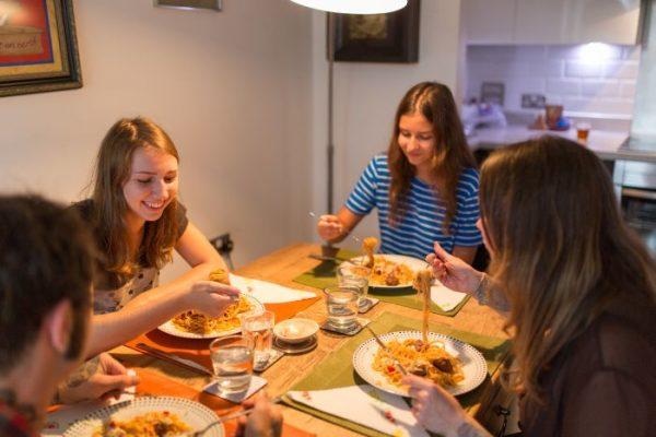 Každá hostiteľská rodina varí podľa svojich chutí.