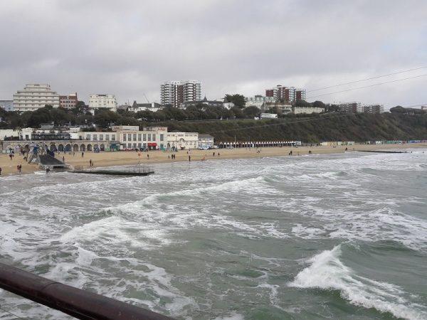Jazykový pobyt v Anglicku aj v mestách ako Bournemouth.