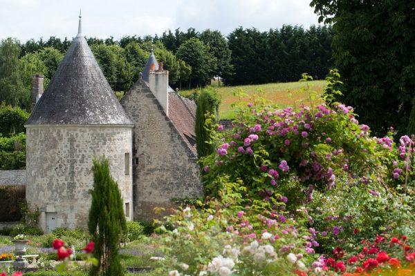 Stredné školy vo Francúzsku v údolí Loire s krásnymi výhľadmi.