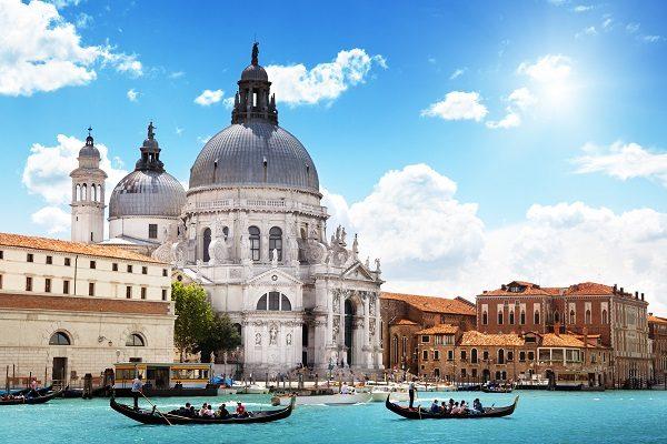 Základné talianske frázy určite využijete v menších mestách v Taliansku!